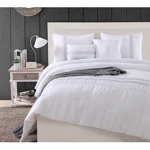 Pizano Comforter Set