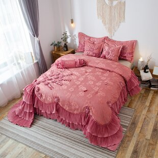 Tashia Luxury Comforter Set by Astoria Grand