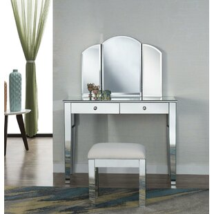 Rosdorf Park Jaylan Vanity Set with Mirror