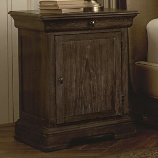Darby Home Co Pond Brook Nightstand