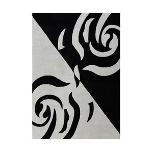 Genevieve Hand Woven Wool Gray/Black Indoor Area Rug