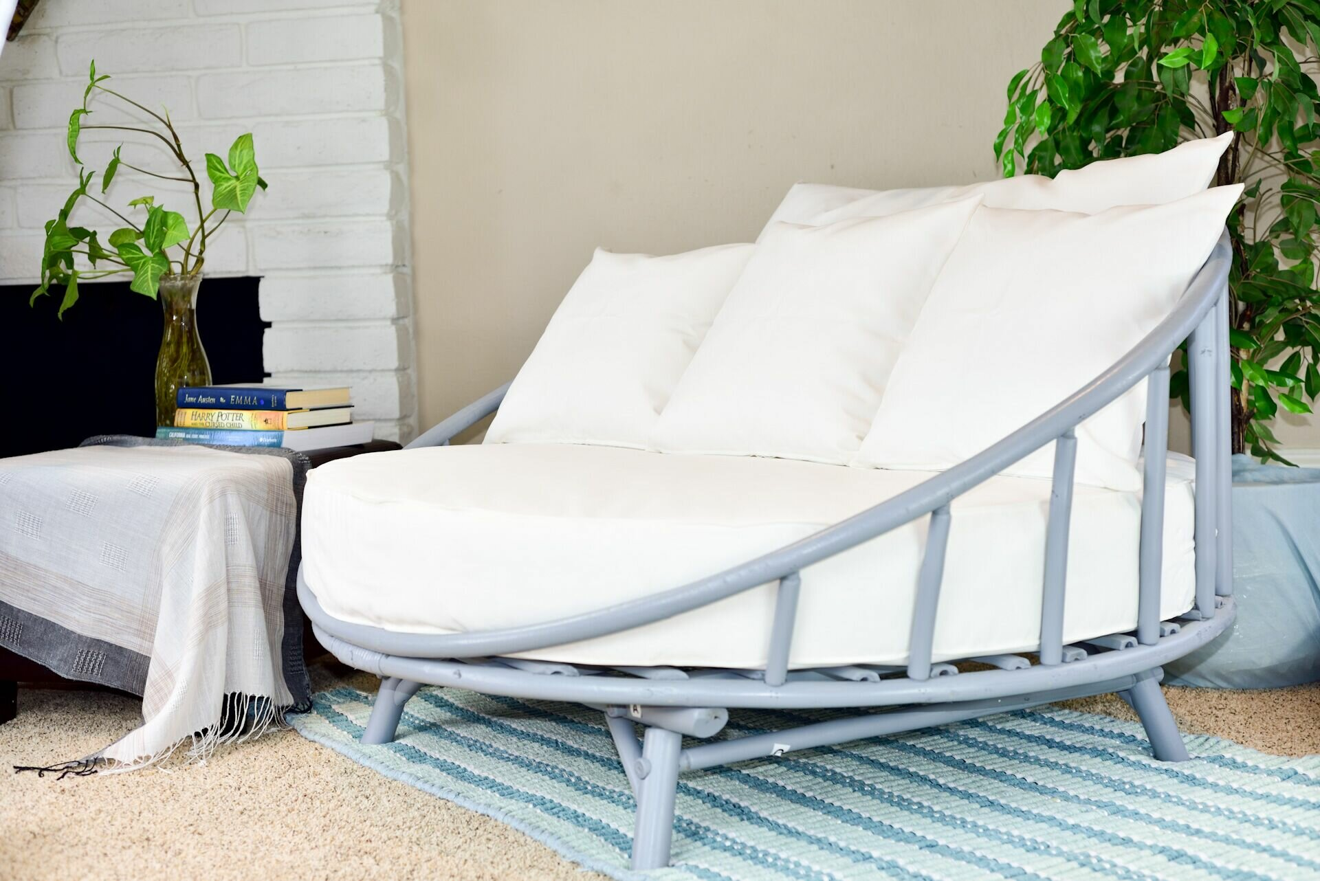 Olu Bamboo Round Patio Daybed
