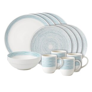 Dots 16 Piece Dinnerware Set, Service for 4