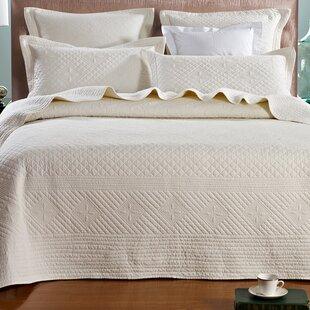 One Allium Way Glaucio Luxury Pure Cotton Quilt