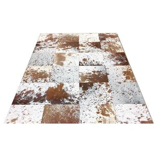 Reviews Bellbrook Patchwork Hand-Woven Cowhide Brown/White Area Rug By Foundry Select