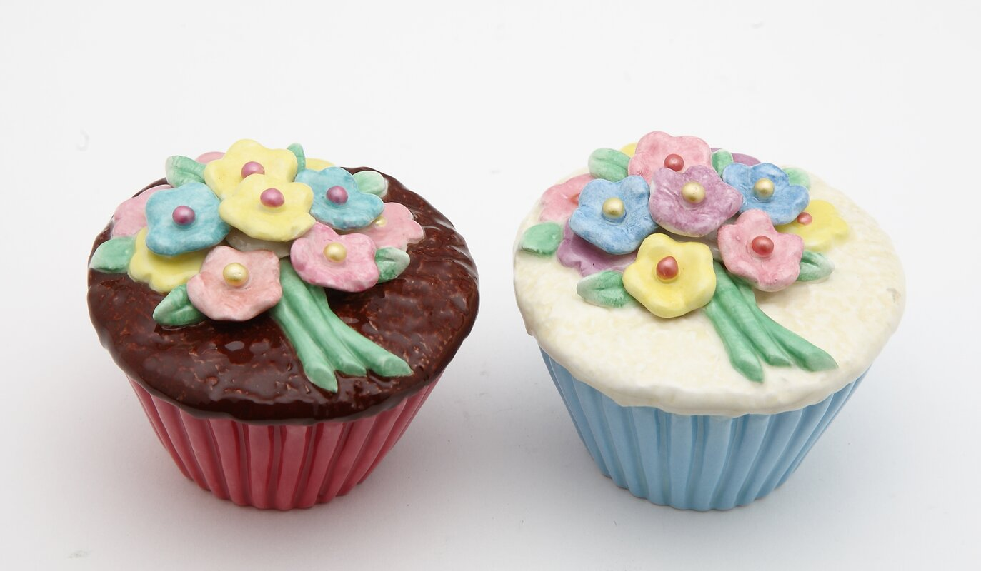 Flower Cupcake Salt & Pepper Set