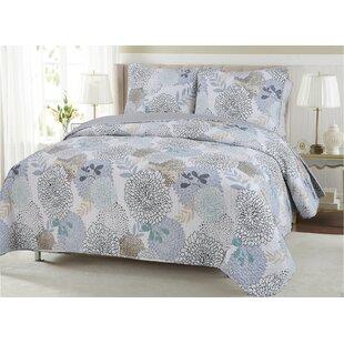 Nina Floral Quilt Set