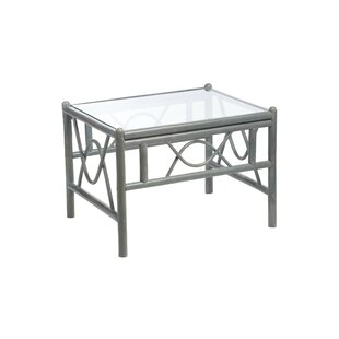 Review Freese Coffee Table