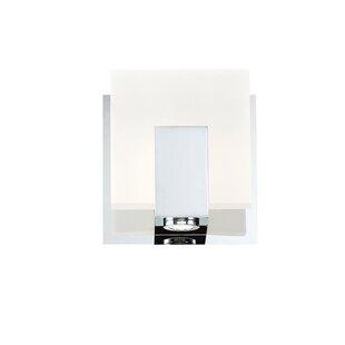 Mascorro 1-Light Wall Sconce by Latitude Run