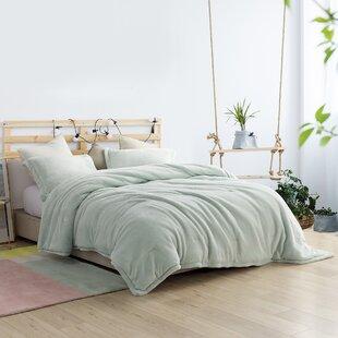 Velda Comforter Set