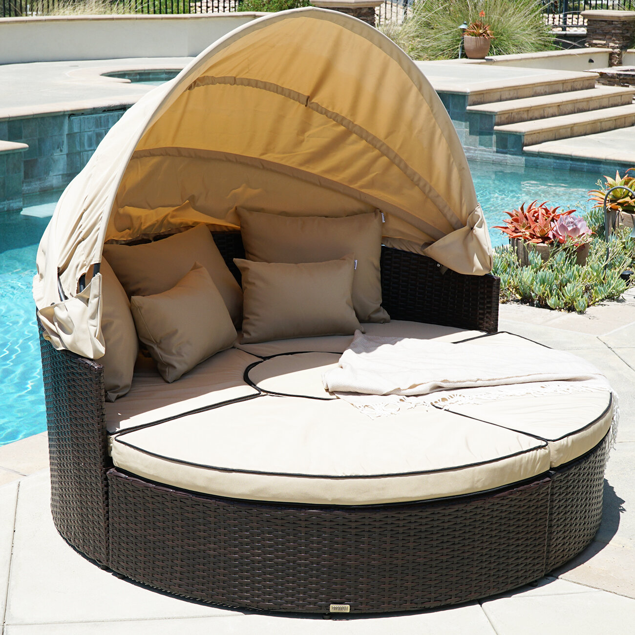 Outdoor Daybed On Sale