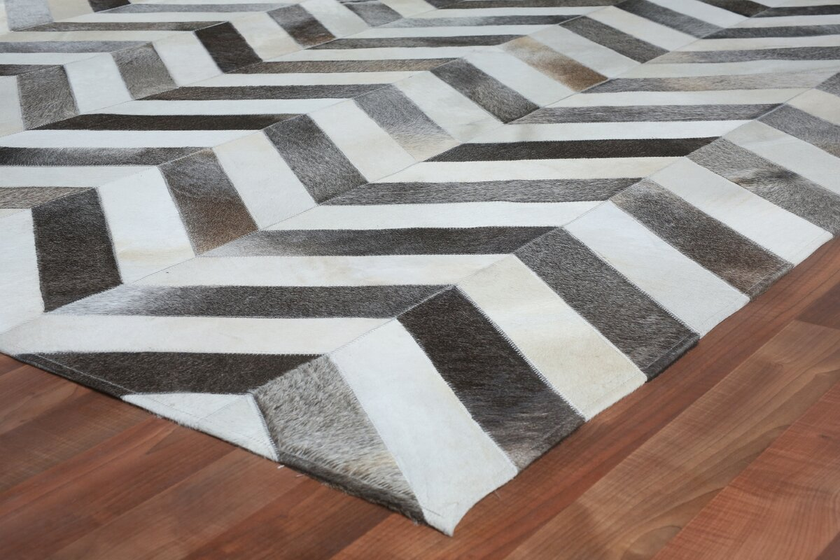 Natural Hide Hand Woven Cowhide White/Gray Area Rug