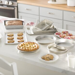 Wayfair Basics 12 Piece Bakeware Set