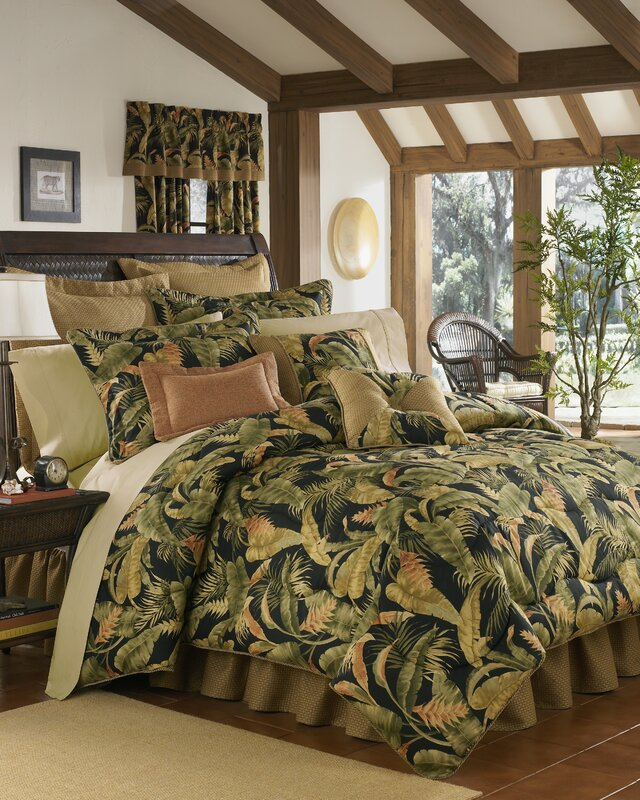 Bay Isle Home Delagarza 4 Piece Comforter Set