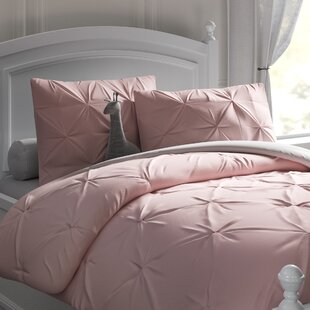 Mamie Reversible Comforter Set