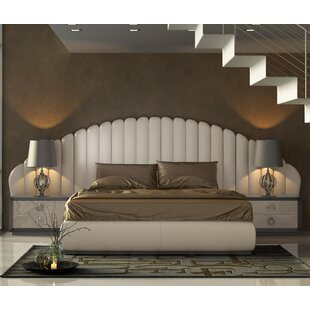Everly Quinn Knorr Panel 3 Piece Bedroom Set
