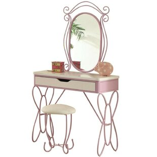 https://secure.img1-fg.wfcdn.com/im/71028912/resize-h310-w310%5Ecompr-r85/6659/66598069/earley-vanity-set-with-mirror.jpg