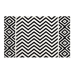 Affordable Price Shaunna Black/White Area Rug By Ivy Bronx