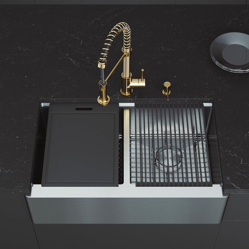 Vigo Oxford 33 L X 20 5 W Double Basin Farmhouse Kitchen Sink With Faucet Reviews Wayfair