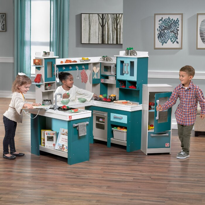 Grand Walk Wood Kitchen Set