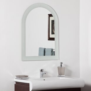 Decor Wonderland Serenity Modern Wall Mirror