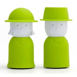 Mr and Mrs Salt and Pepper Shaker Set