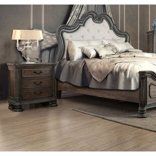 Darvell 3 Drawer Nightstand by Astoria Grand