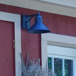 Affordable Price Barn 1-Light Outdoor Barn Light By Northeast Lantern