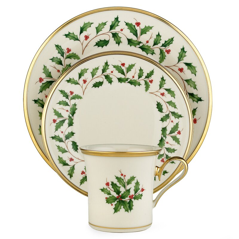 Holiday 12 Piece Dinnerware Set, Service for 4. You'll love these 9 Awesome Gift Ideas for Folks Who Like to Entertain plus a bunch of holiday entertaining essentials! #entertaining #giftguide #holidaygiftguide
