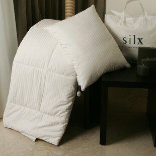 All Season Silk Filled Comforter