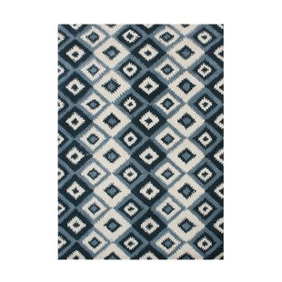 De Pineda Hand-Tufted Orion Blue Area Rug by The Conestoga Trading Co.