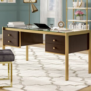 Danyel Desk
