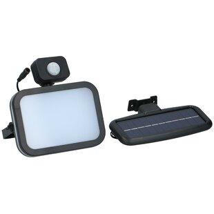 Lyka Solar Outdoor Led Lamp With Motion Sensor 300Lm Image