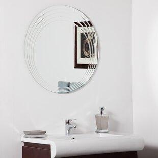 Decor Wonderland Bryn Modern Wall Mirror