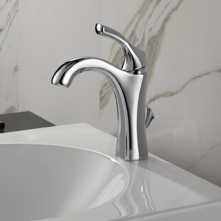 Delta Addison™ Single hole Bathroom Faucet with Drain Assembly and Diamond Seal™ Technology