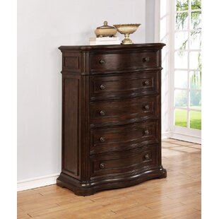 Darby Home Co Aminah 5 Drawer Chest