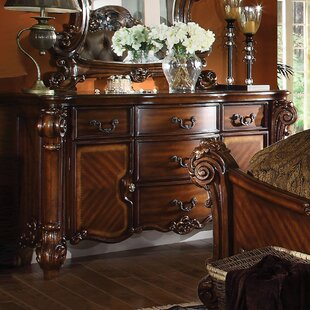 Welles 5 Drawer Dresser