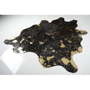 Find Alverson Metallic Cowhide Hand Woven Gold/Black Area Rug ByRosdorf Park