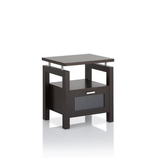 Margaret End Table by Latitude Run