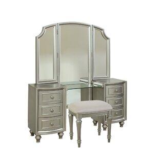 Willa Arlo Interiors Redick Glam Vanity with Mirror