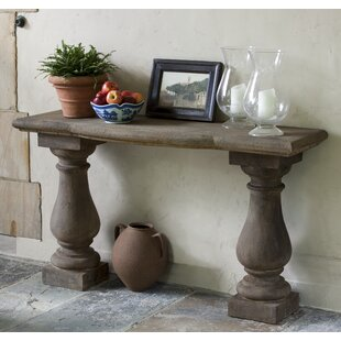Guidinha Console Table