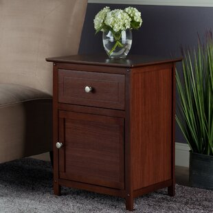 Beachcrest Home Gallinas 1 Drawer Nightstand