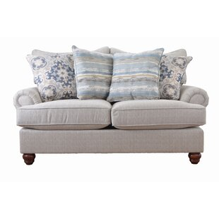 Woodburn Loveseat