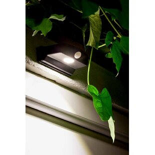 Sylvania Sylvania LED Battery Operated Outdoor Security Flood Light with Motion Sensor