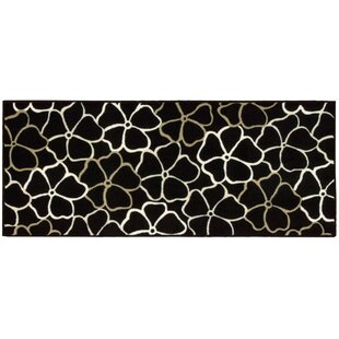Best Deals Shirl Black/White Area Rug By Winston Porter