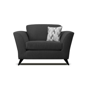 Review Abby-May Armchair