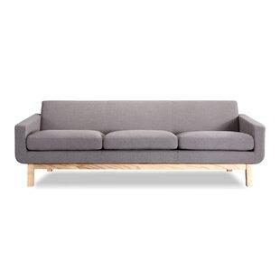 Earlene Modern Classic Sofa