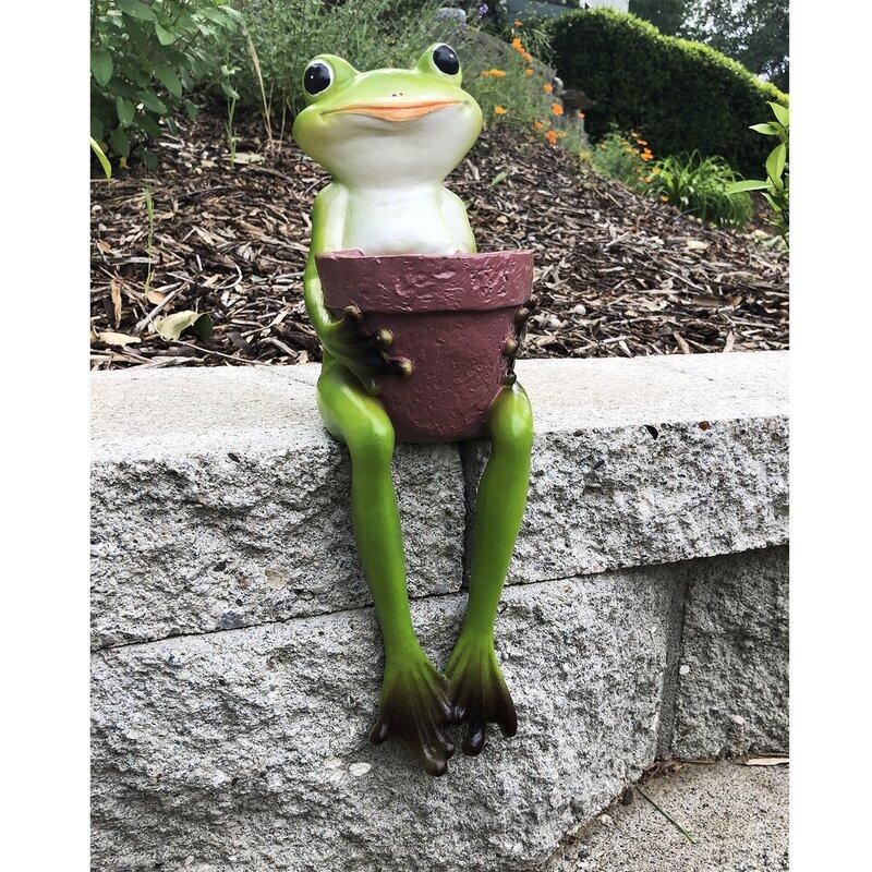 Resin Sitting Frogs Statue Outdoor Frog Sculpture Garden Decorative Ornaments