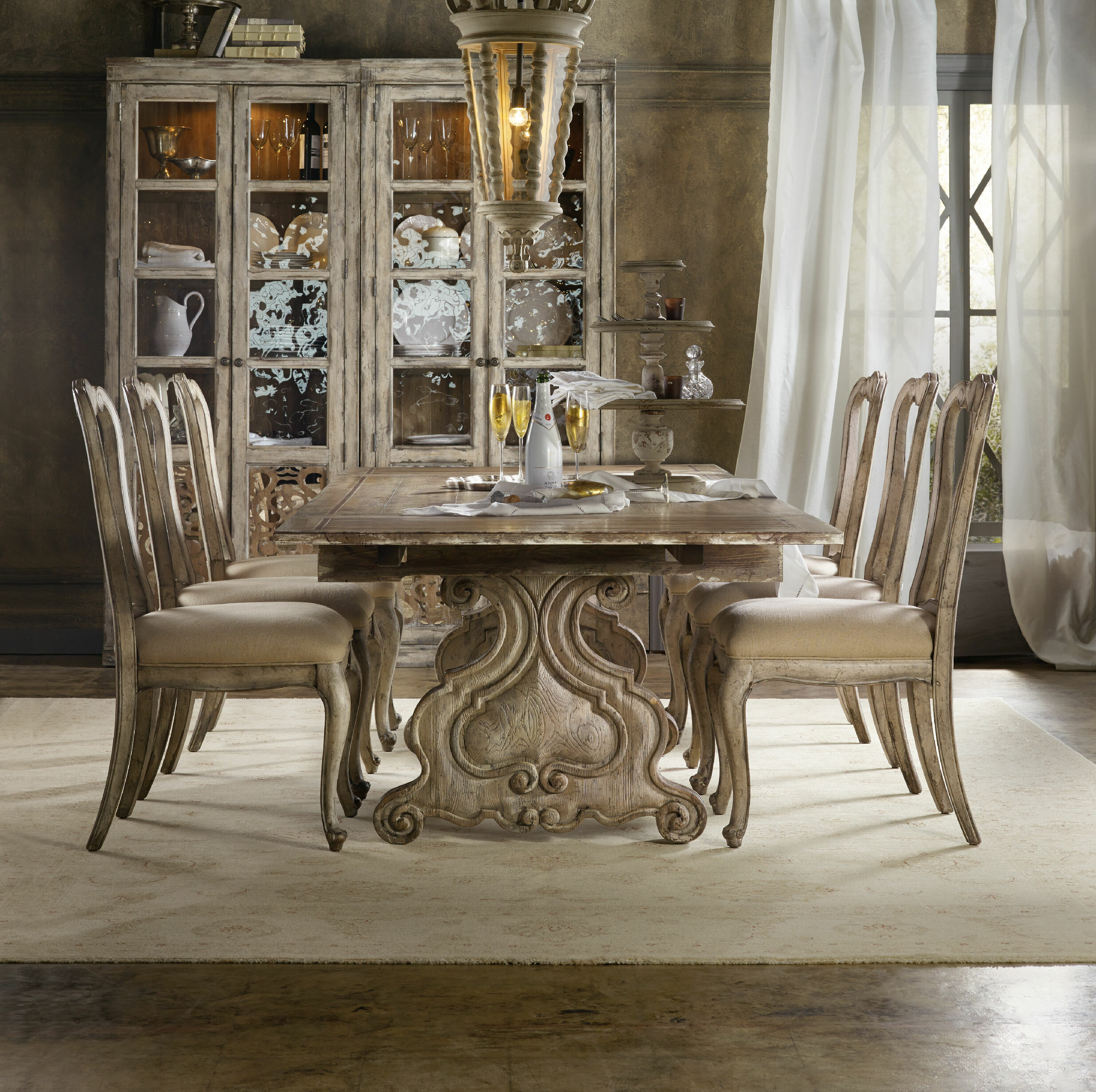 Ordinaire Chatelet 7 Piece Extendable Dining Set