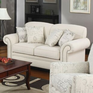 Comparison Cullompt Traditional Loveseat by House of Hampton Reviews (2019) & Buyer's Guide